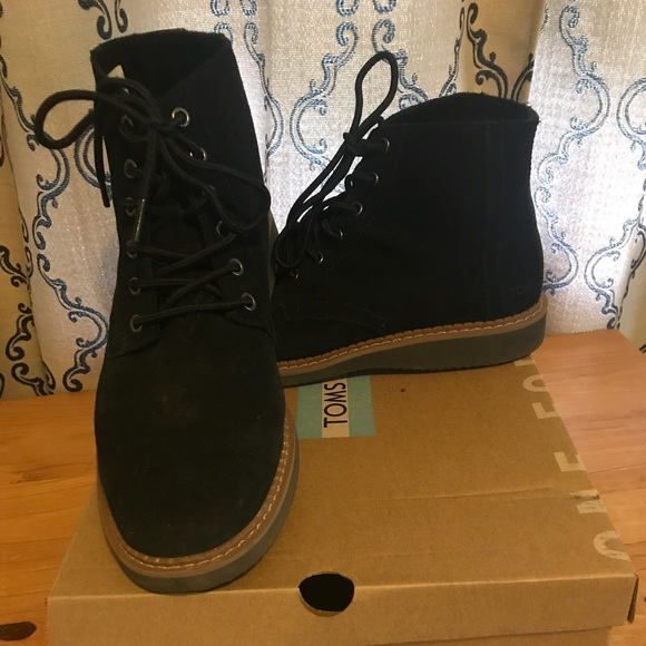 04ae5a8cbba TOMS Men s 9.5 Black Suede Porter boot worn 3x. M 5afc12273a112ecde04ba579